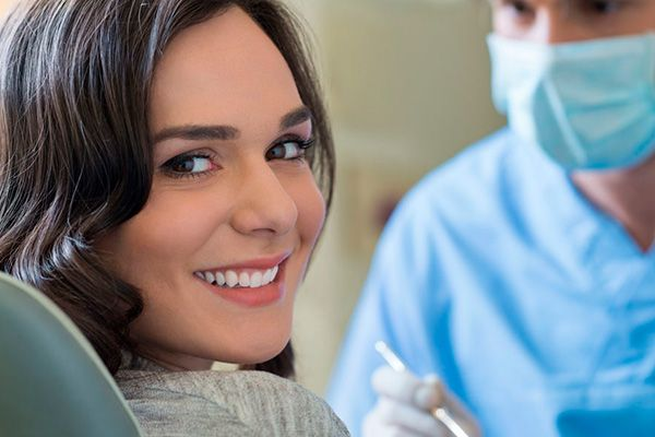 Cuanto cuesta una limpieza dental en Pamplona