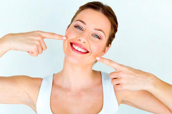 Cuánto vale un blanqueamiento dental en Pamplona